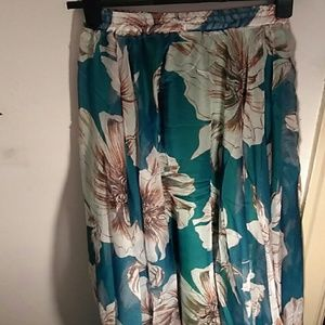 Floral maxi dress. Onesize fits most